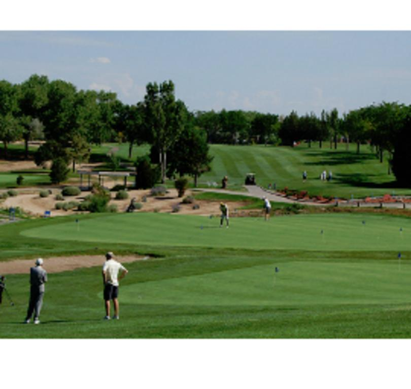 Arroyo del Oso Golf Course