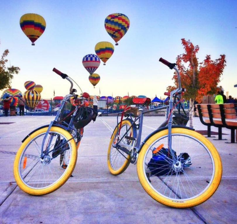 Routes Bicycle Tours - Bikes & Balloons Tour