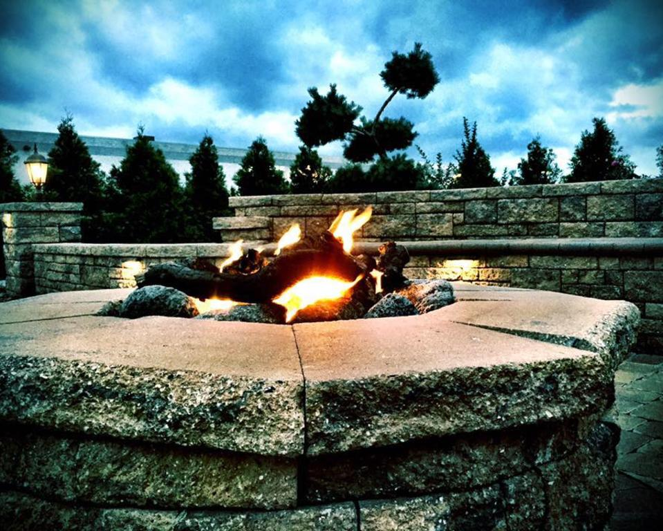 Patio firepit