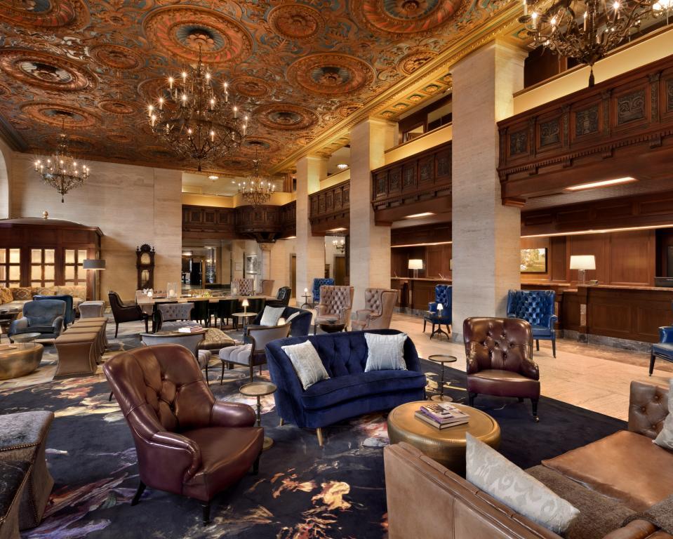HOTEL DU PONT, Lobby Lounge
