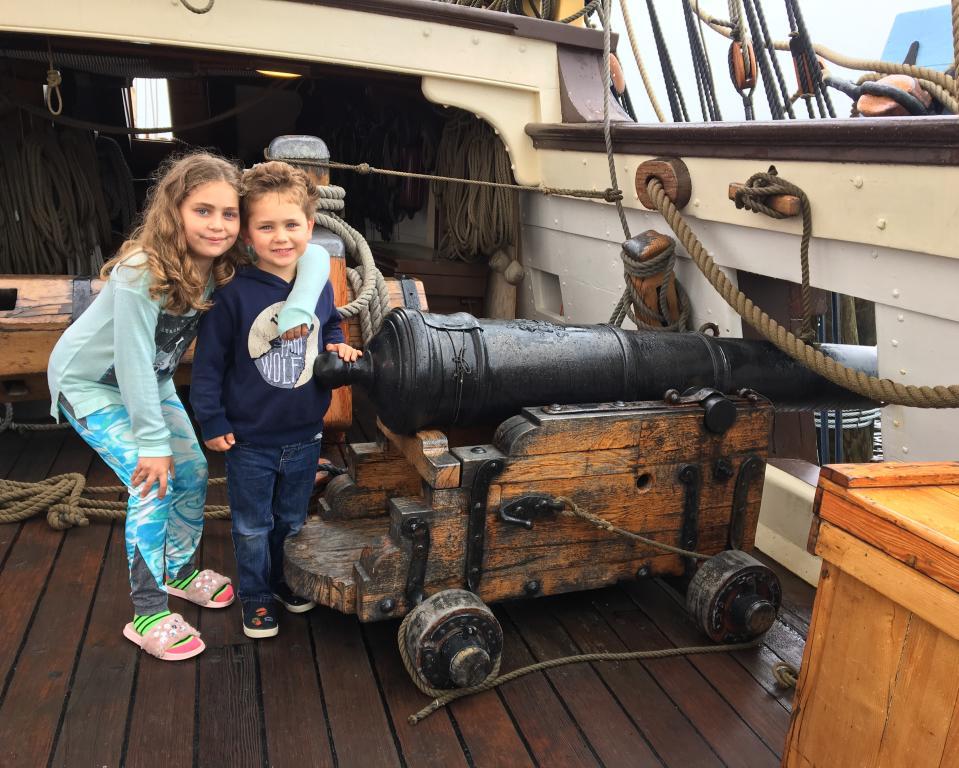 Kalmar Nyckel cannons & friends