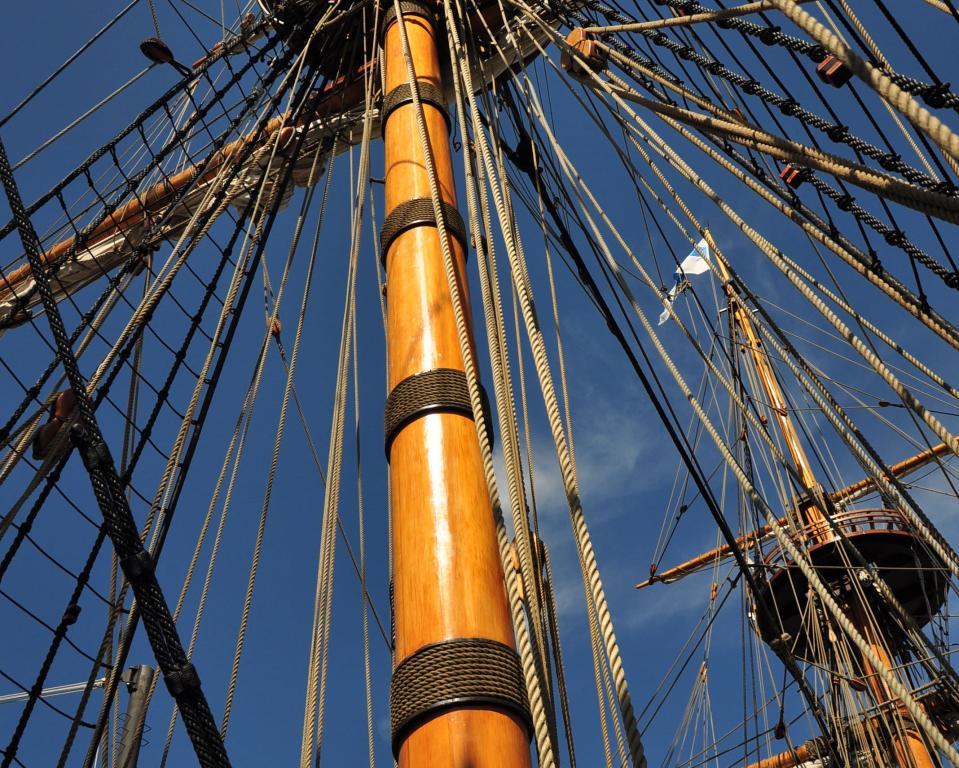 Kalmar Nyckel mast