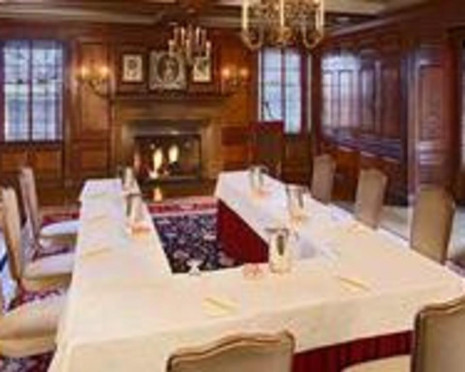 Dupont_Country_Club_Willow_Room