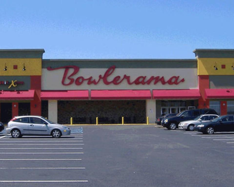 Bowlerama Family Entertainment Complex