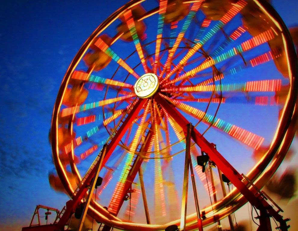 Spinning Ferris Wheel at Olmsted County Fair in Rochester MN