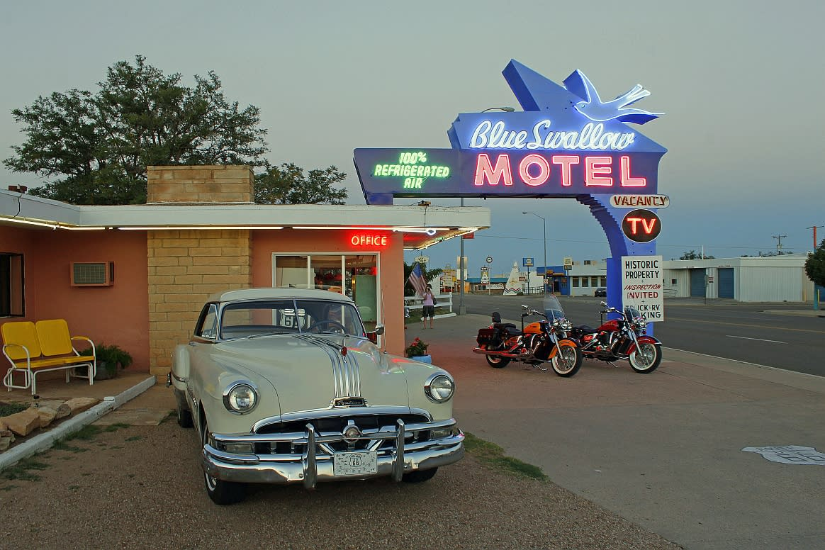 Tucumcari Co-Op - Blue Swallow Hotel