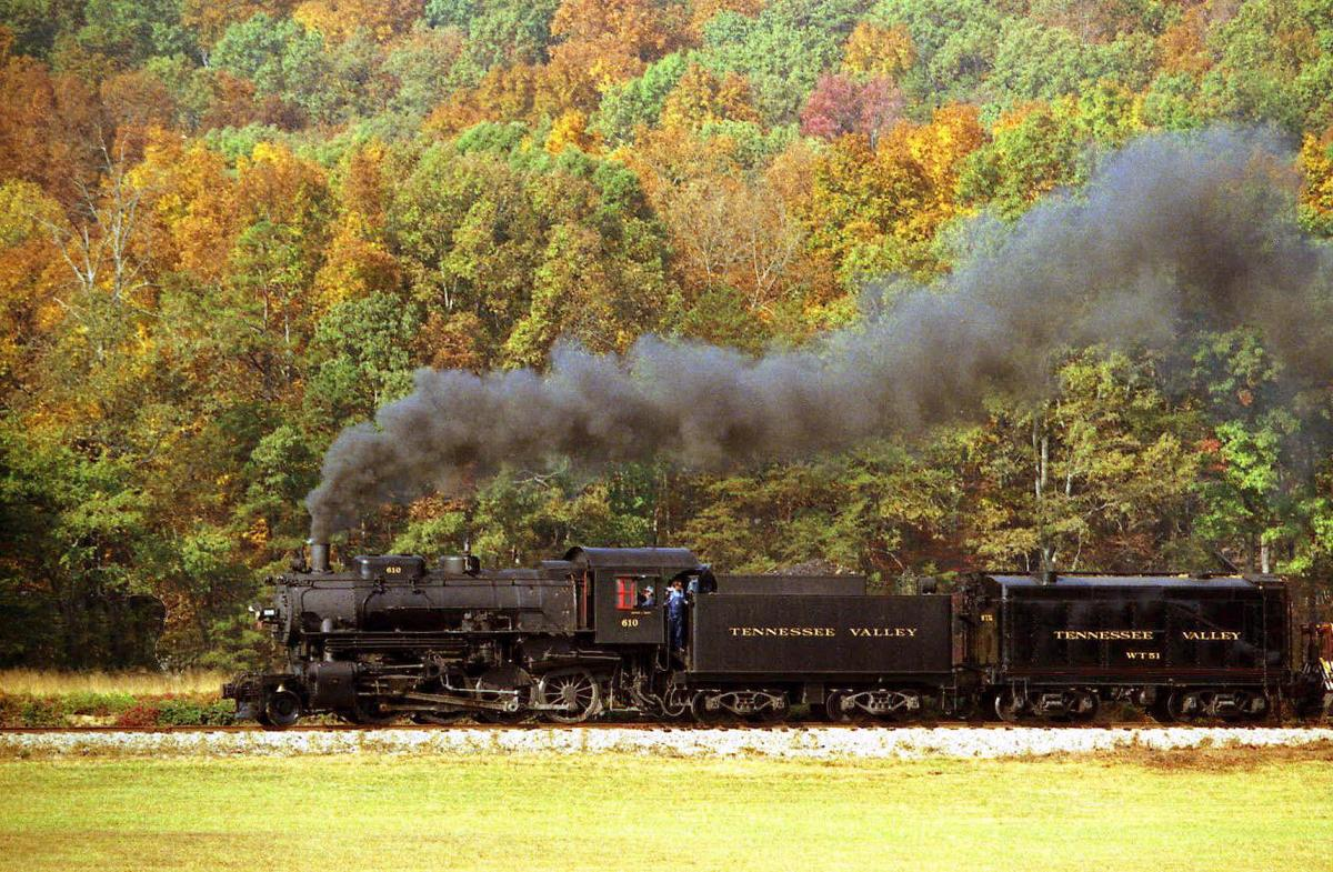 Fall_Tennessee Valley Railroad Museum
