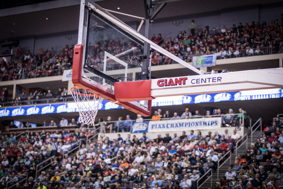 PIAA Basketball at Giant Center in Hershey Hoop Shot