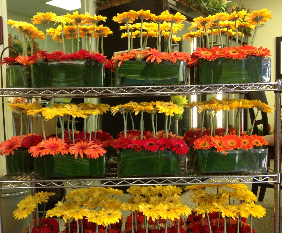 Color Themed Corporate Centerpieces