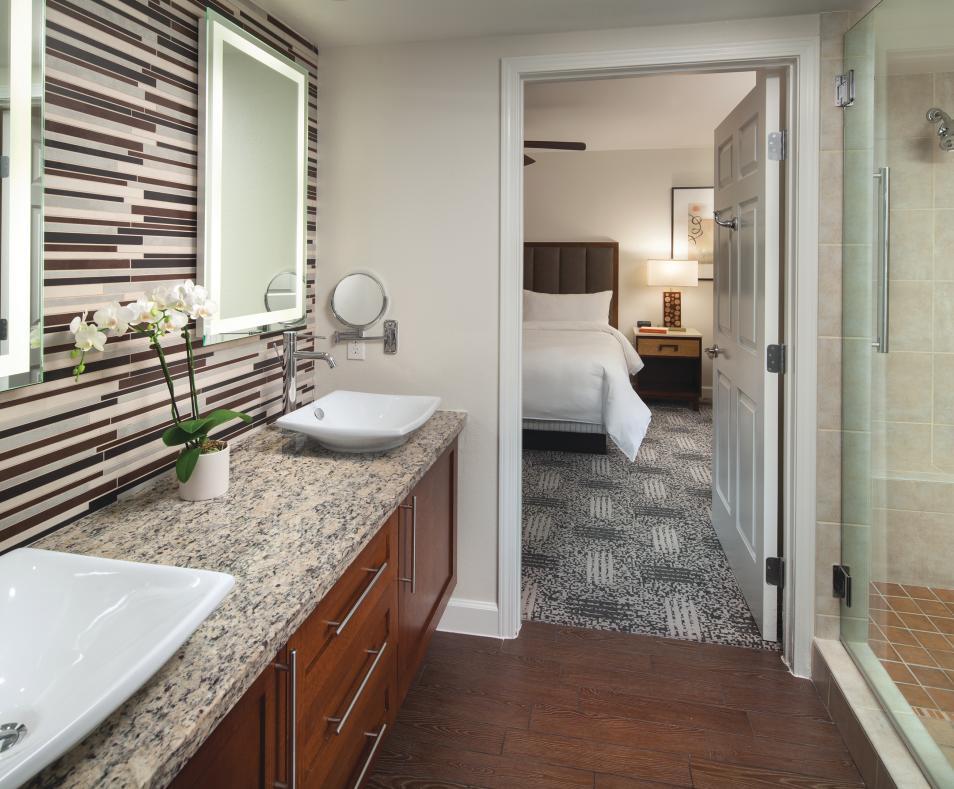 Villa - Master Bathroom