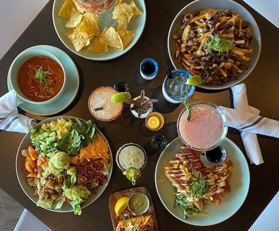 Tu Madres Cantina & Grill