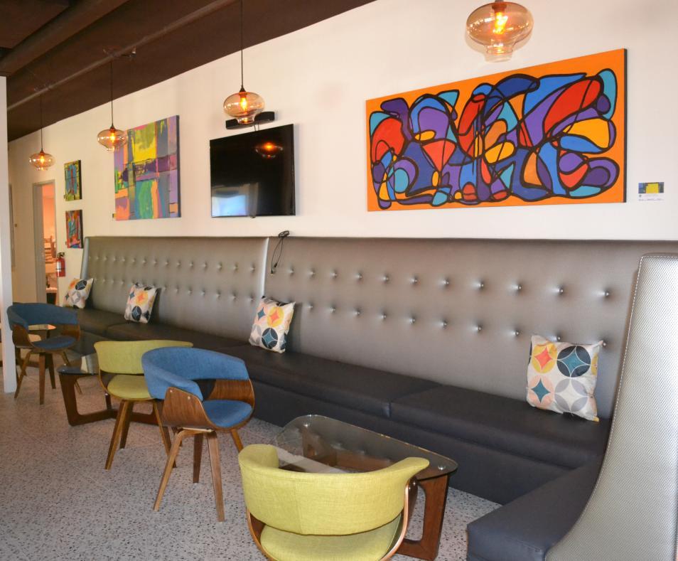 V Wine lounge 2