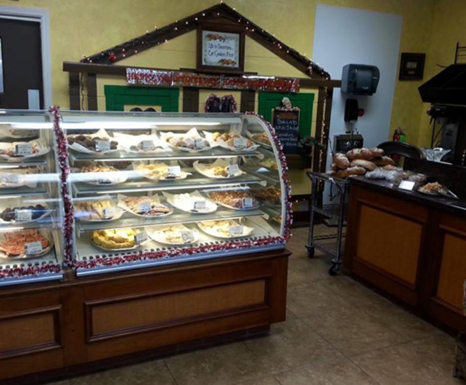 Frankie's Old World Italian Bakery