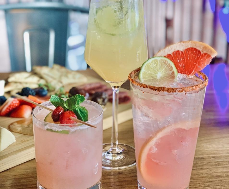 Grand Central Palm Springs-Happy-Hour