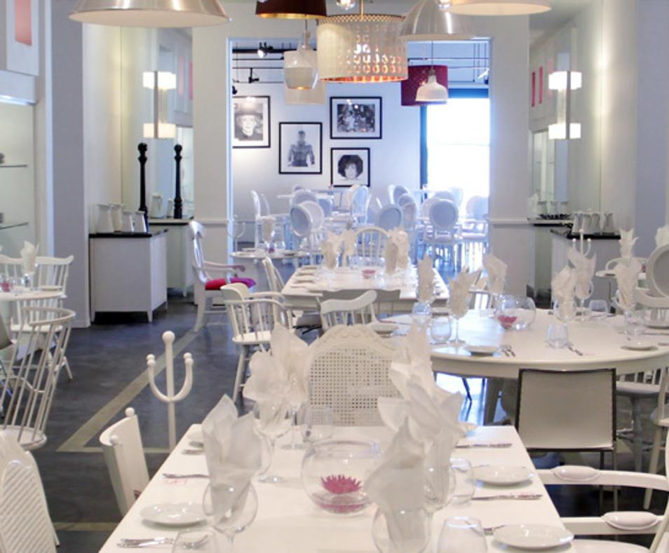 Eight4Nine Restaurant & Lounge