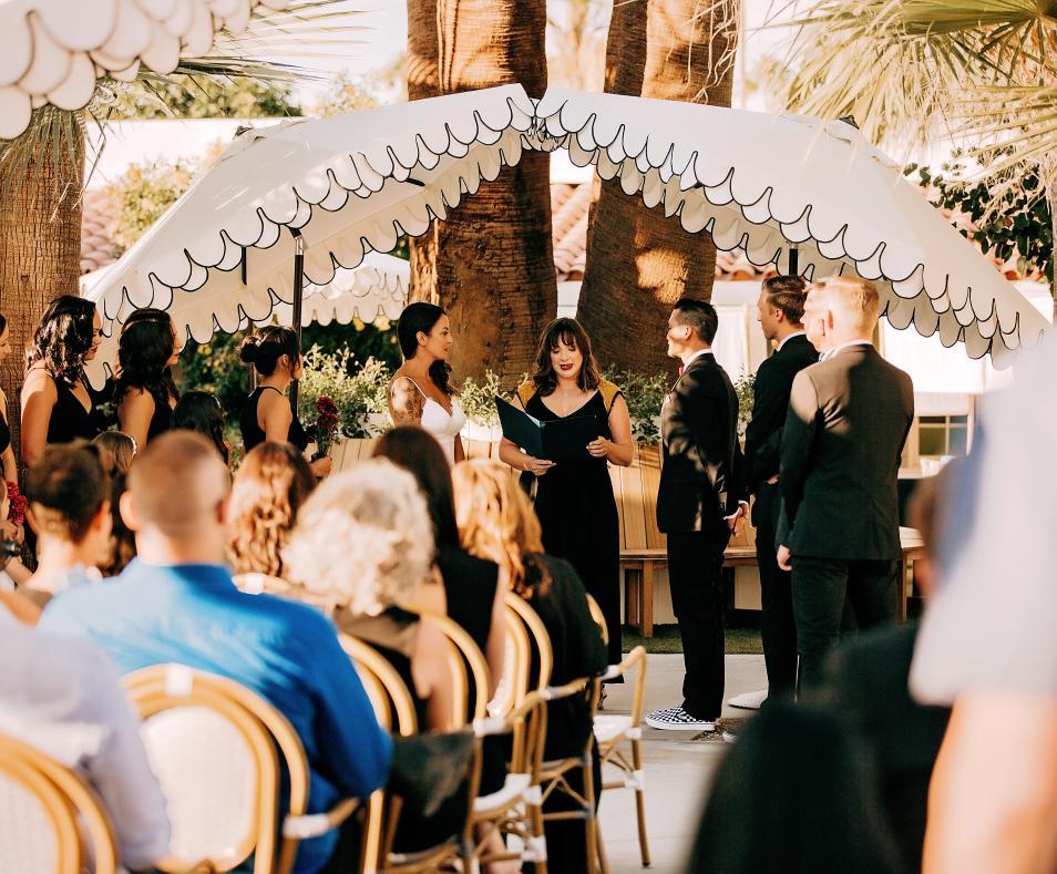 Dive Weddings