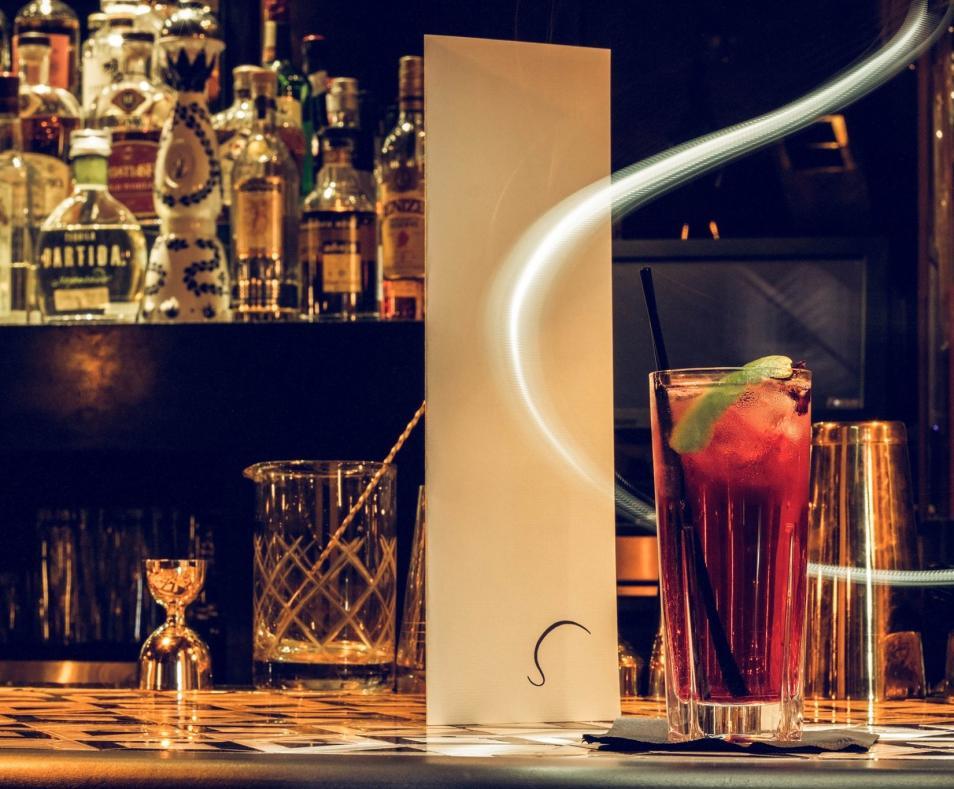 Seymours bar