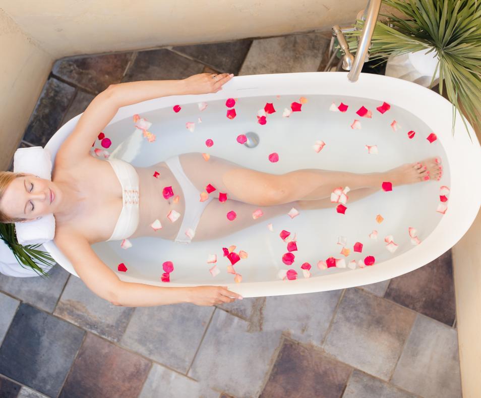 Well Spa Bathtub