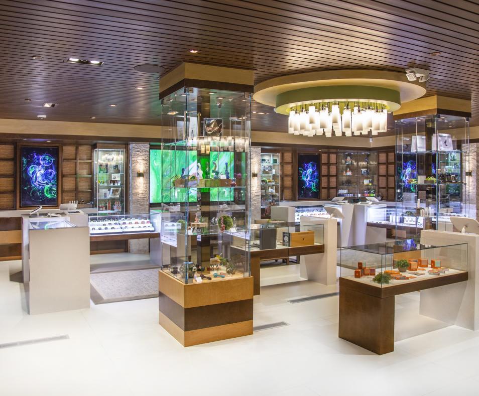 The Leaf Retail Floor
