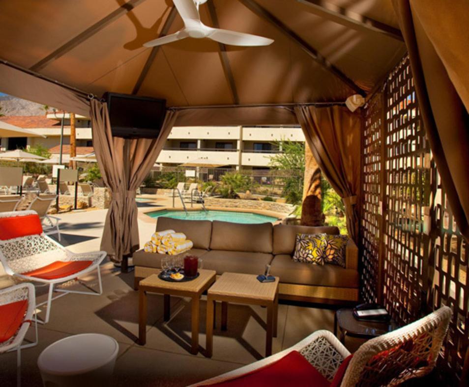 50% Off Sundays | Hilton Palm Springs