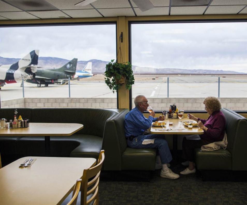 Voyager Airport Restaurant