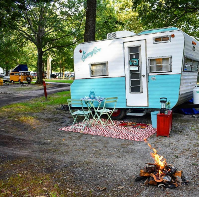 Holiday Trav-L Park Camping