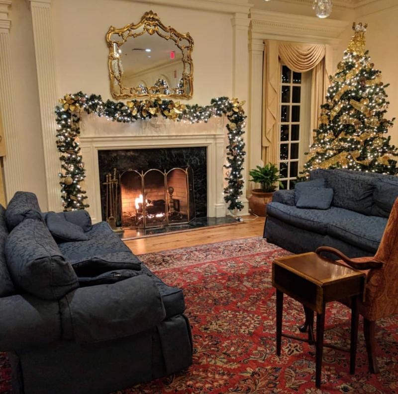Founder's Inn and Spa Holiday