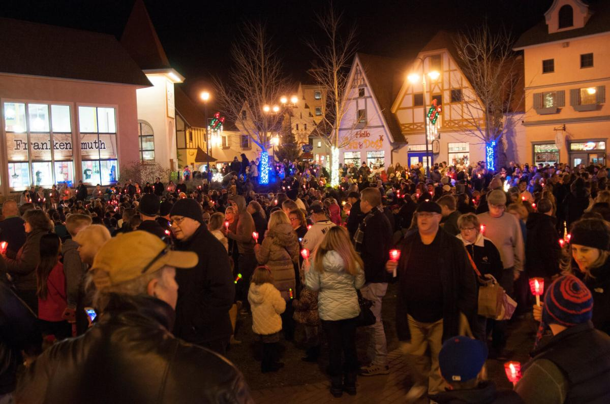 Crowd at Frankenmuth Holiday Celebration & Candlewalk at River Place Shops