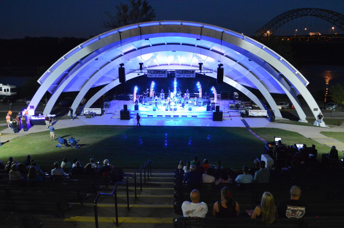 New Albany riverfront theater during a concert