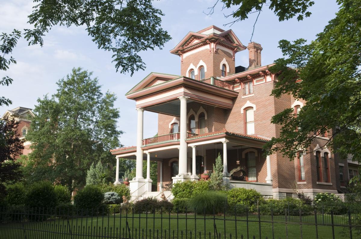 Lyon's Twin Mansions