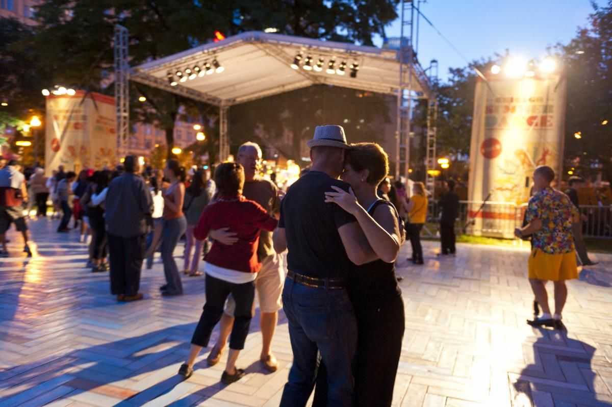 People dancing at Chicago SummerDance