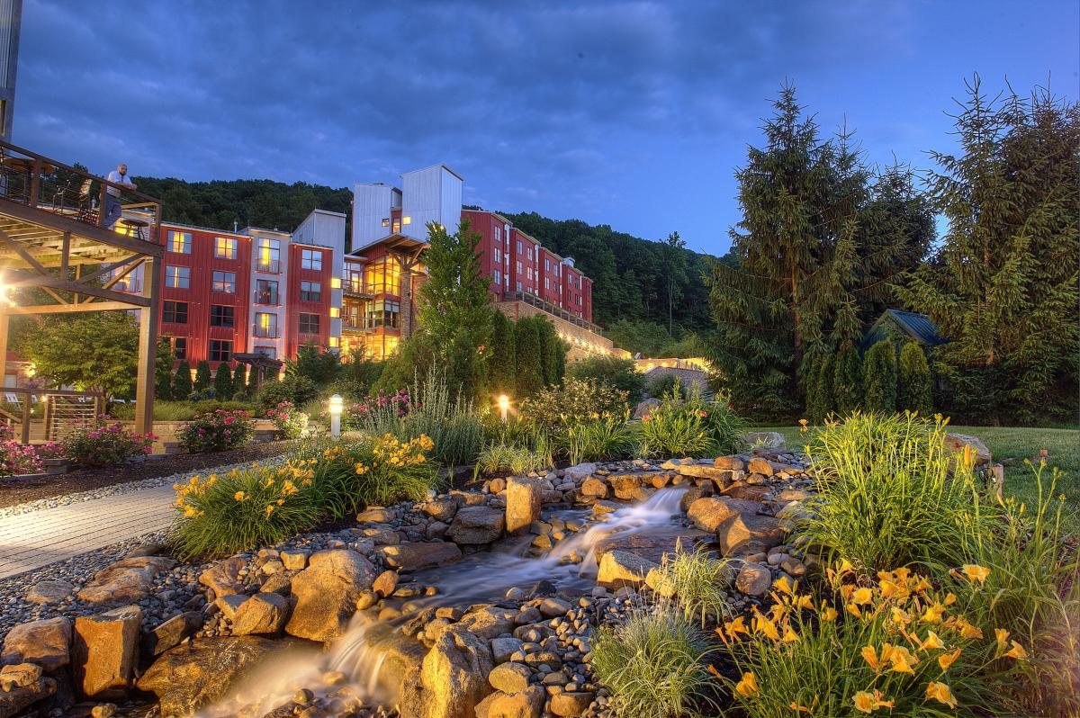 Bear Creek Mountain Resort Exterior 04 Discover Lehigh Valley