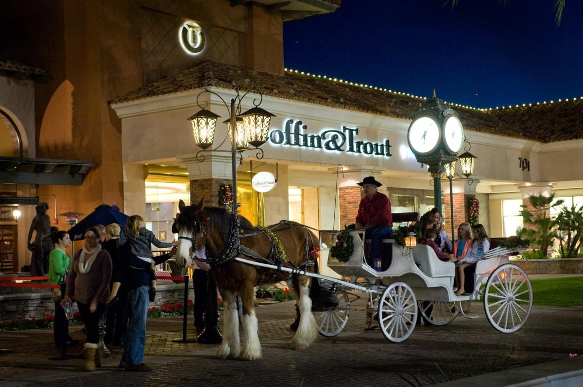 Carriage Rides at The Shoppes at Casa Paloma
