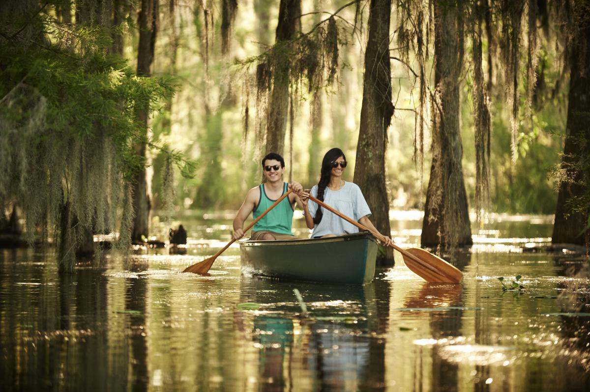 Things to Do - Canoeing at Lake Martin