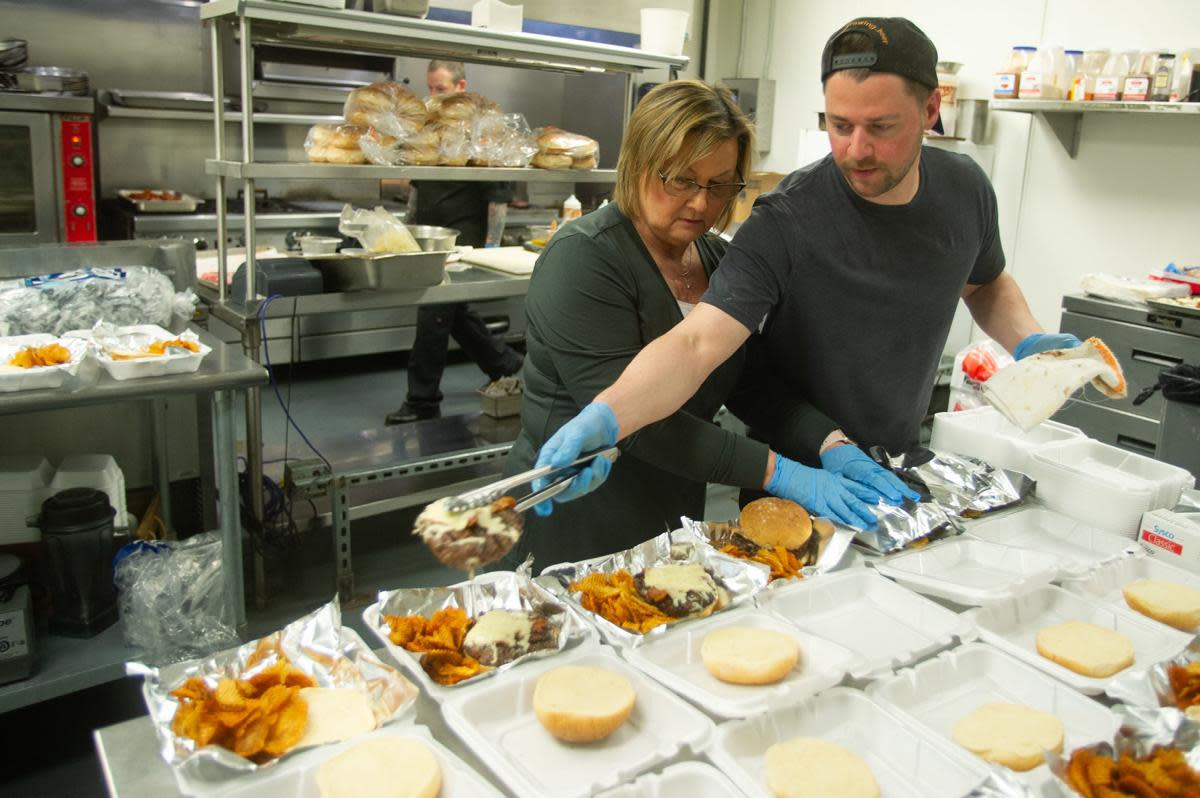 Byway lunches for first responders
