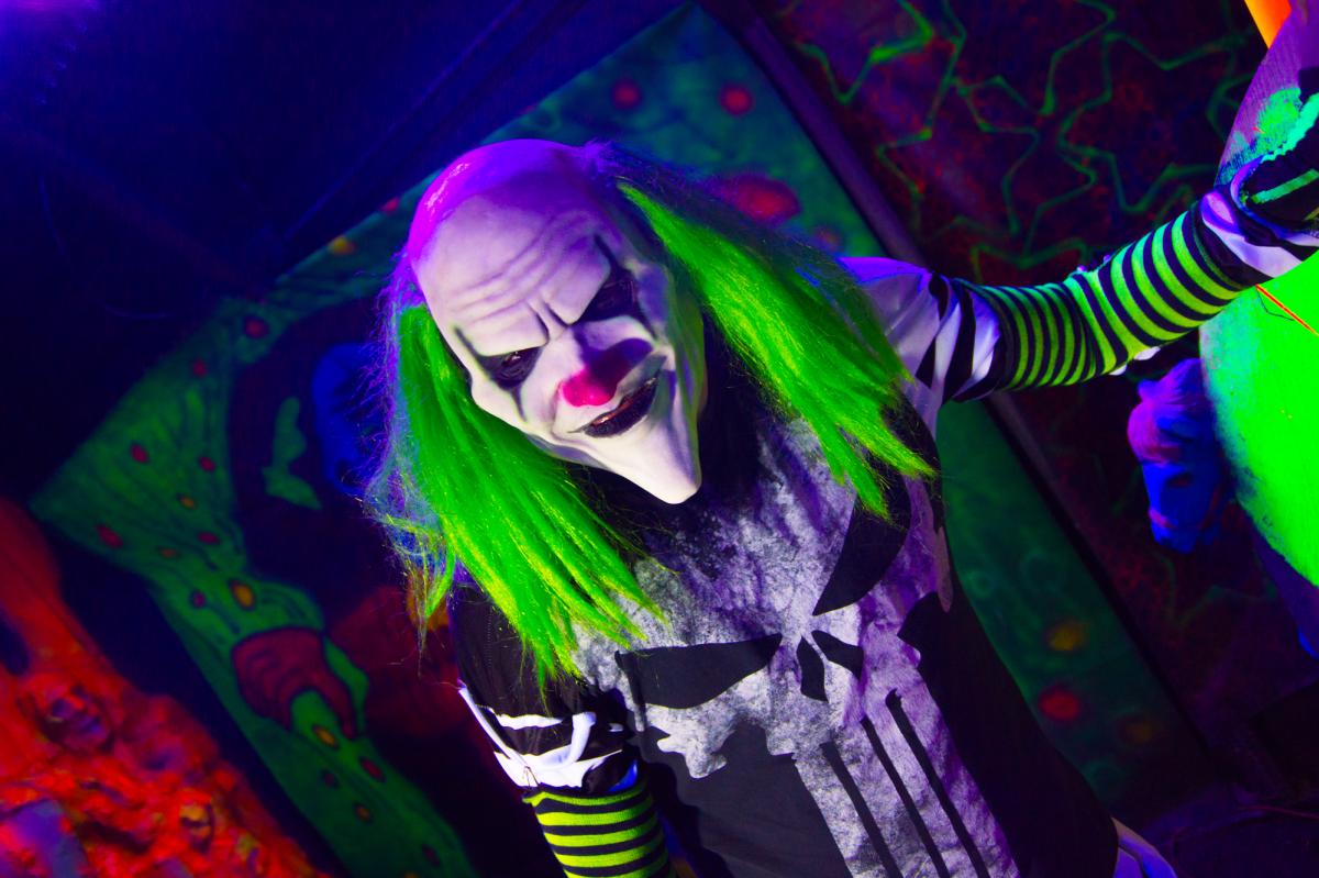 Haunted Hollow - Clown