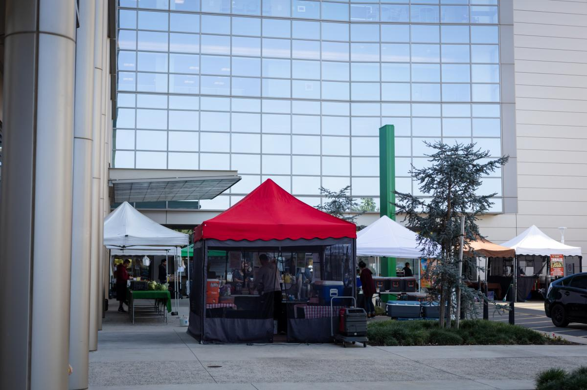 Farmers-Market-Irvine-Red-tent-office-building
