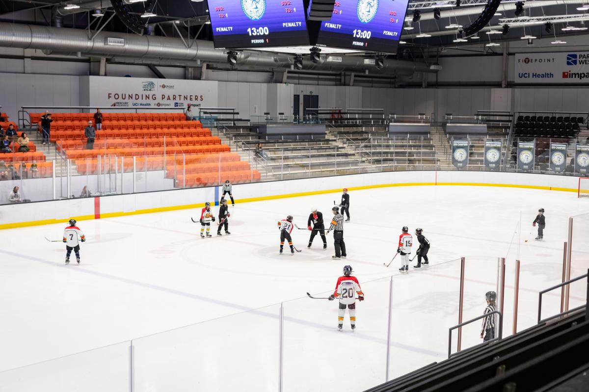Great-Park-Ice-FivePoint-Arena-Ice-Hockey-Game