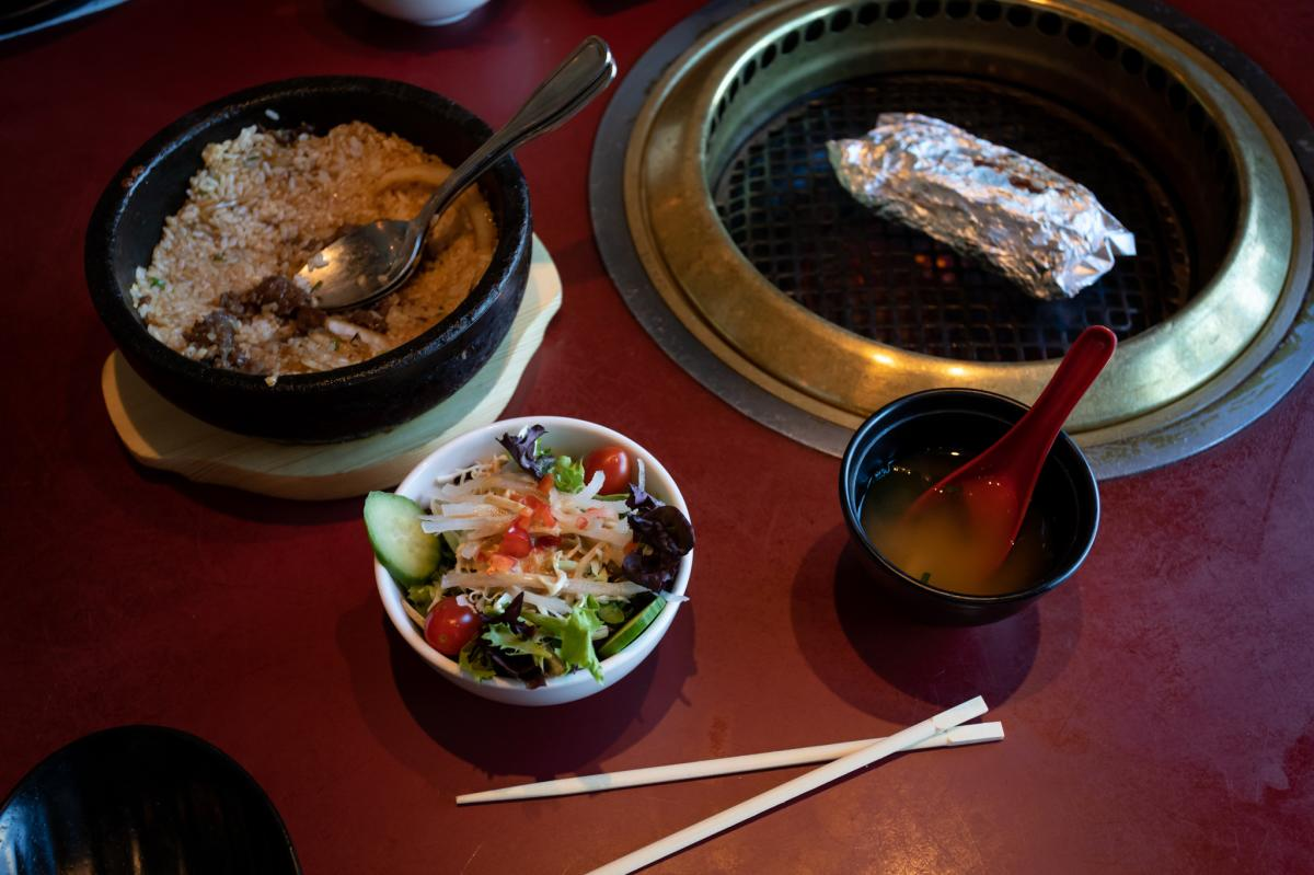 Gyu-Kaku-Japanese-BBQ-Miso-Soup-salad-mushrooms