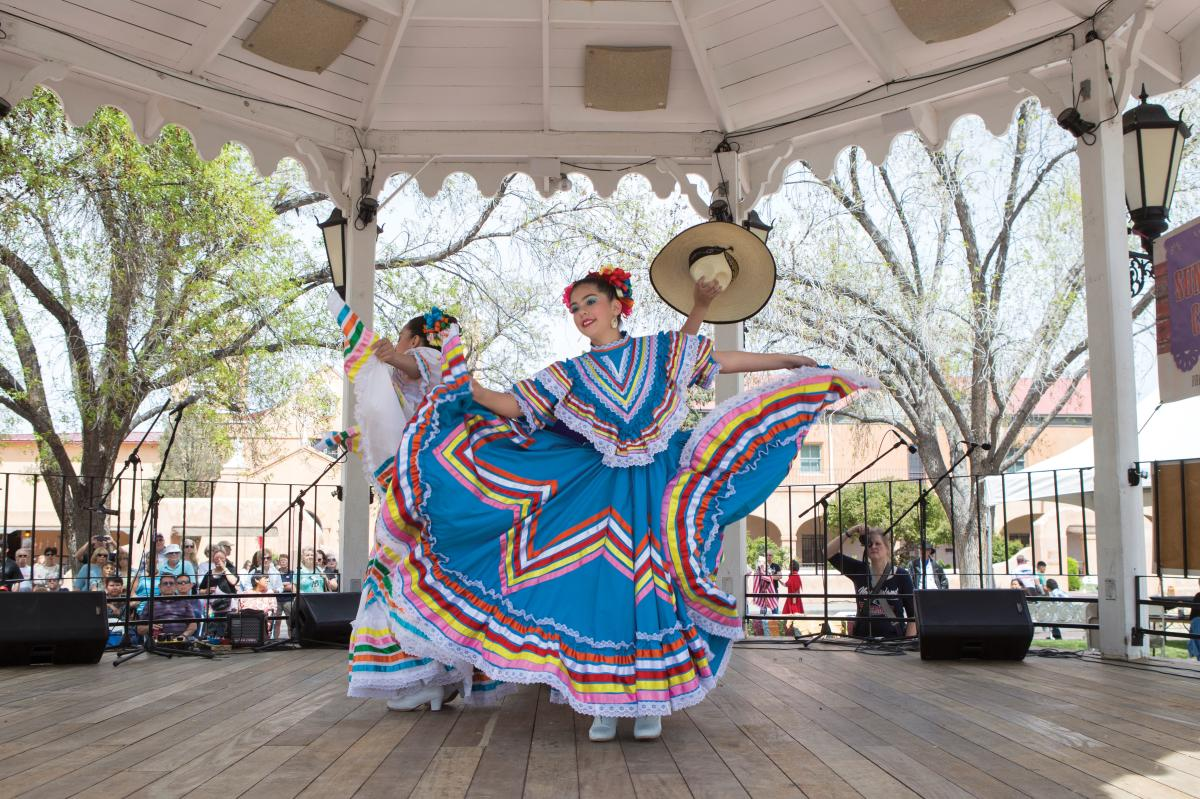Folklórico dancers perform in the Old Town gazebo.