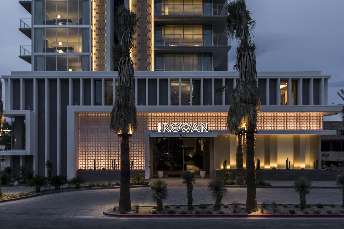 Exterior of the Kimpton Rowan Palm Springs hotel at night