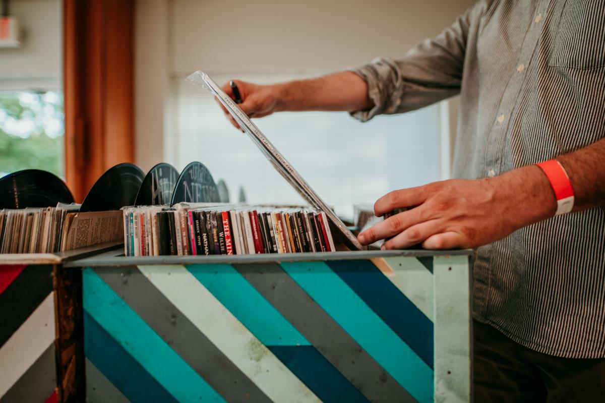 Longshot Vinyl