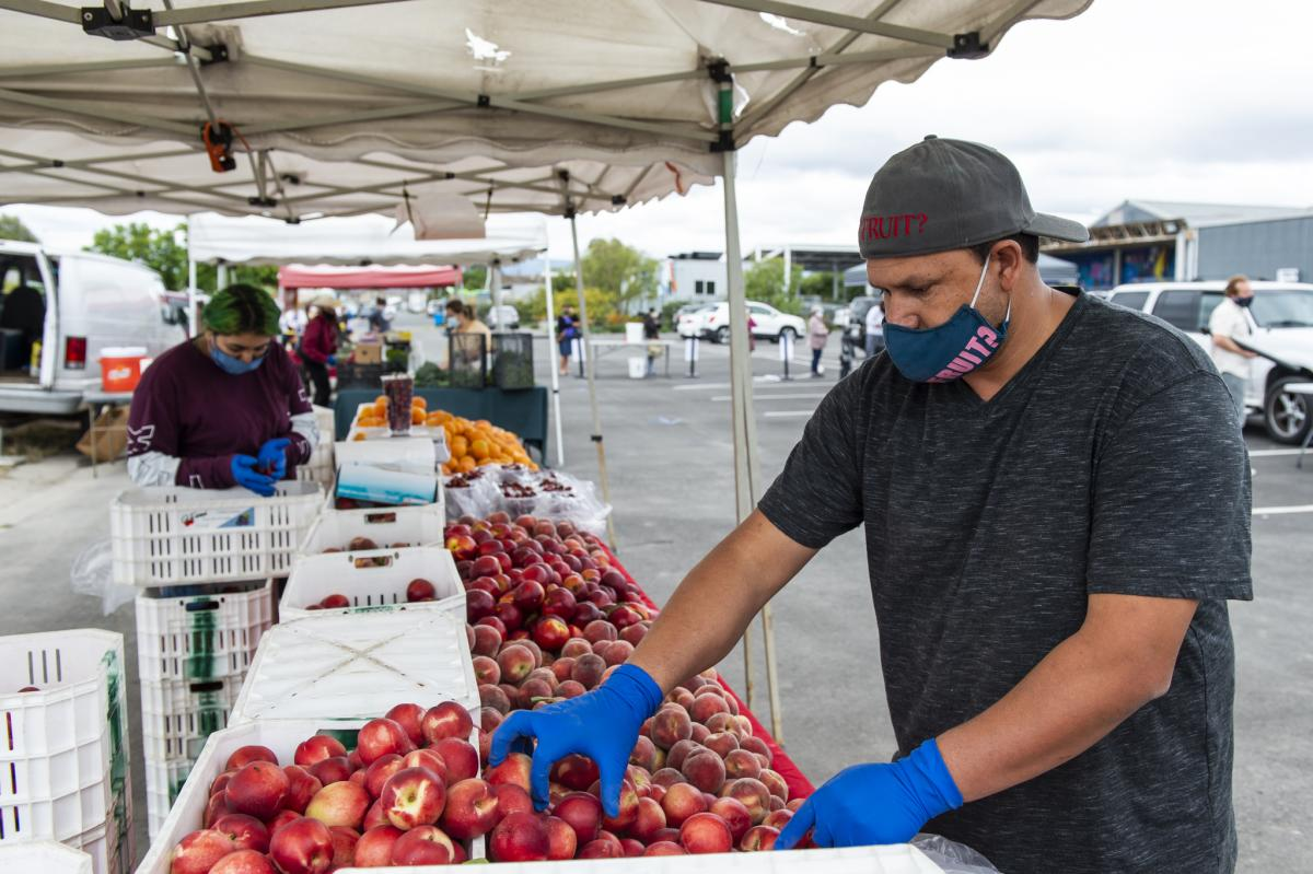 East-palo-alto-farmers-market