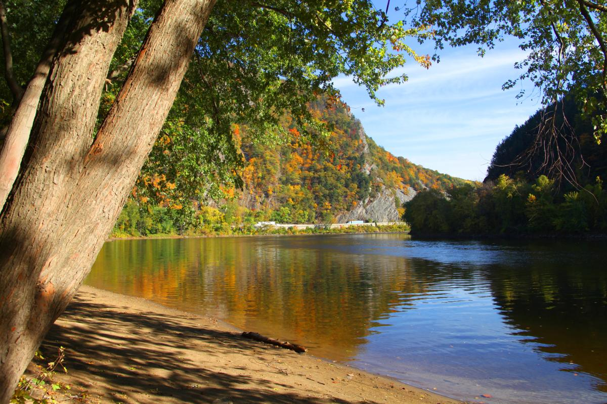 View the Foliage of Delaware Water Gap in the Pocono Mountains