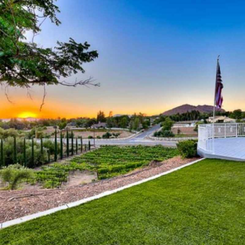 Gorgeous Wine Country Home + Amazing Amenities