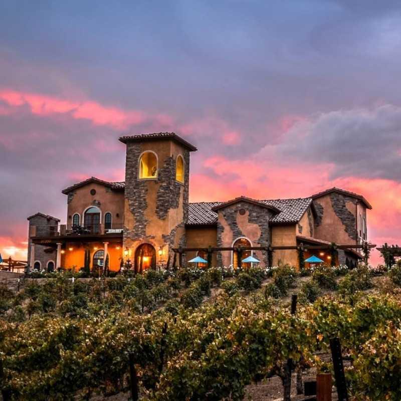 Robert Renzoni Vineyards & Winery