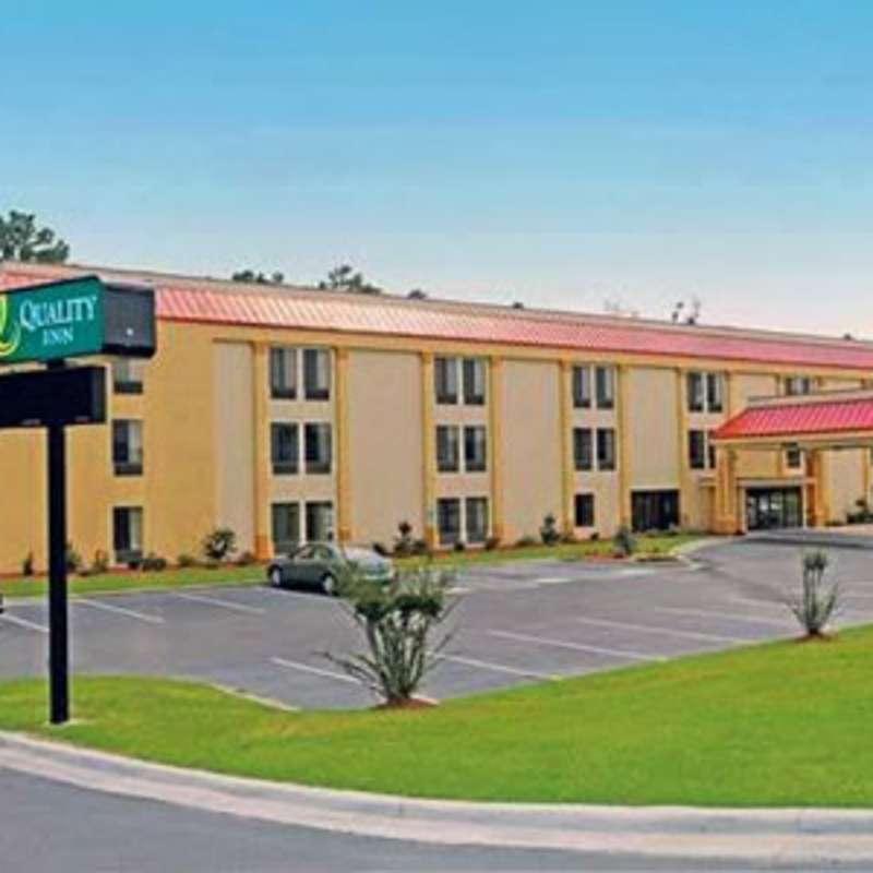 Quality Inn - Fayetteville