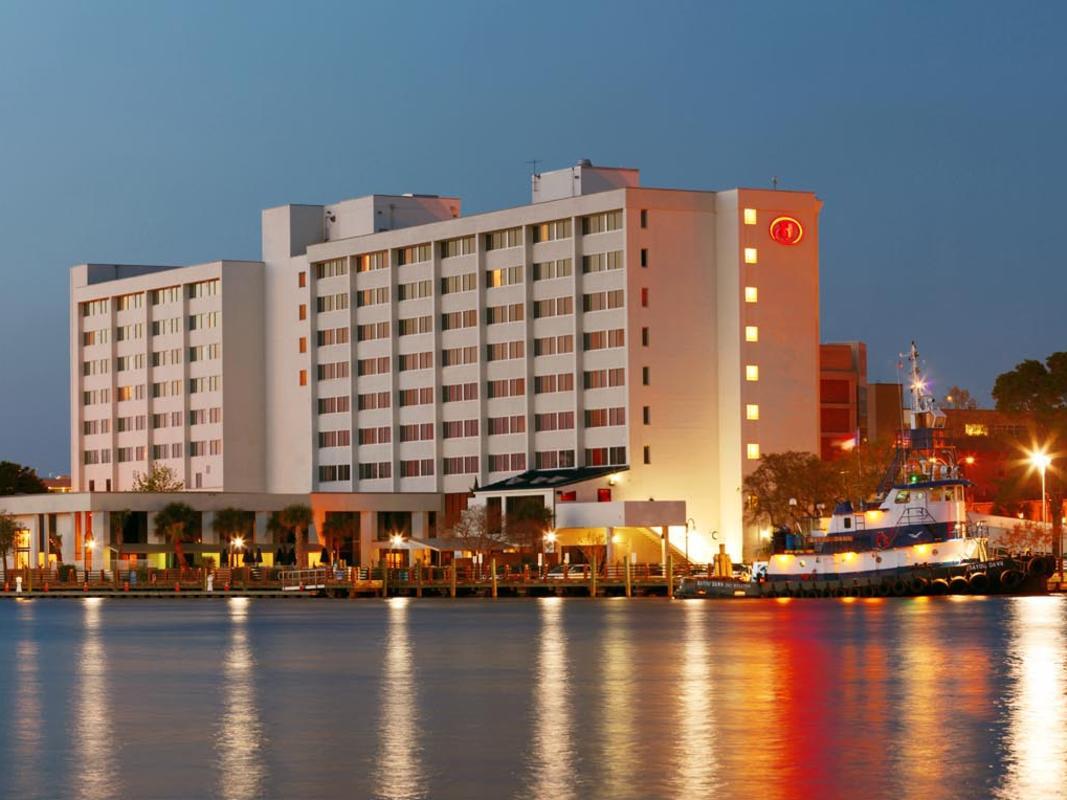 4x3 Wilmington Hotel