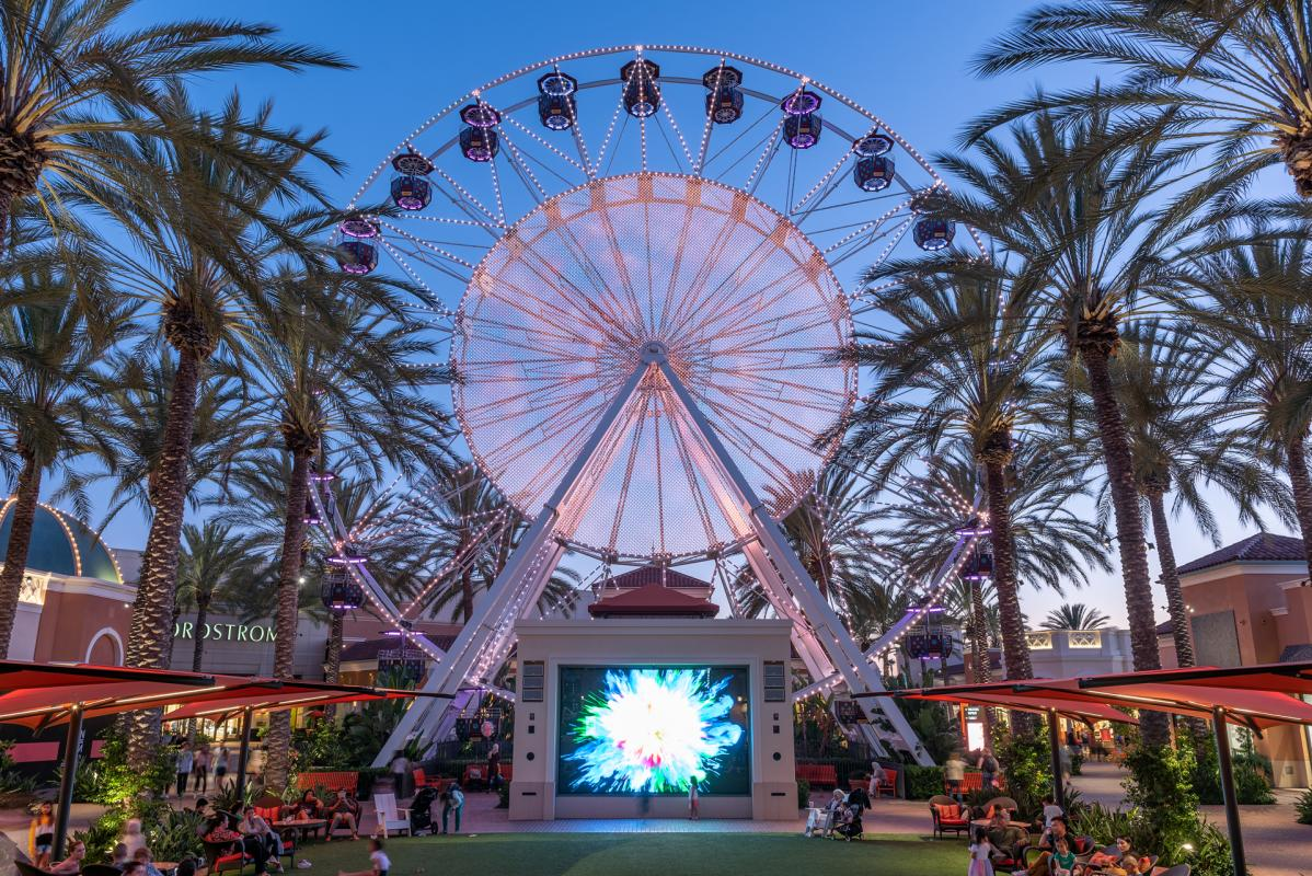 Irvine Spectrum Giant Wheel