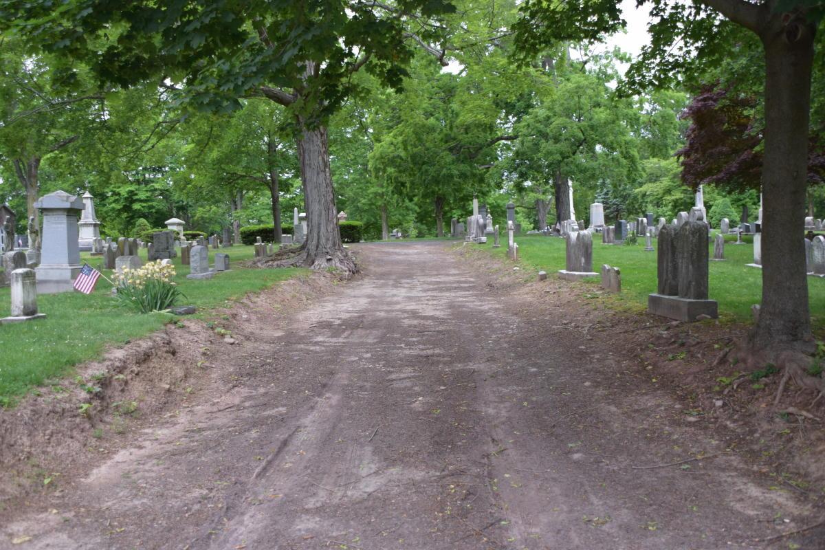 Doylestown Historic Cemetery Pathway